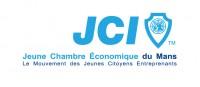 La vocation de la Jeune Chambre Economique Française est de contribuer au progrès de la communauté mondiale en donnant aux jeunes l'opportunité de développer leurs talents de leaders, la prise de responsabilité sociale, l'esprit d'entreprise et la solidarité nécessaires pour créer des changements positifs.  Les membres de la Jeune Chambre Economique proposent des solutions innovantes aux problèmes de la société, les testent et les transmettent à des tiers partenaires.