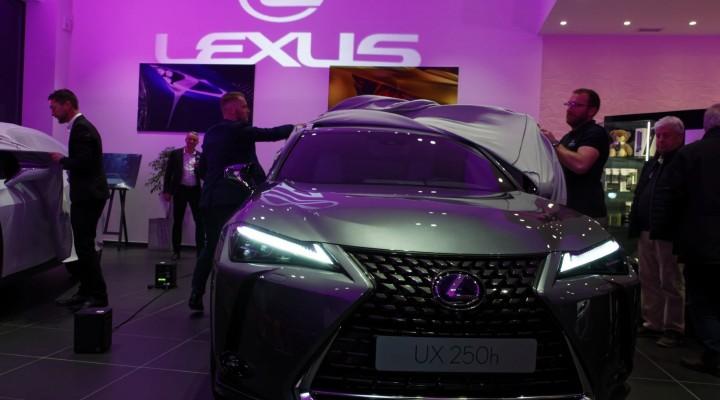 Lancement Lexus UX